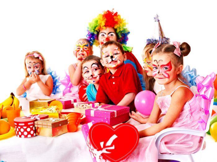 Яркие праздники для детей и подростков
